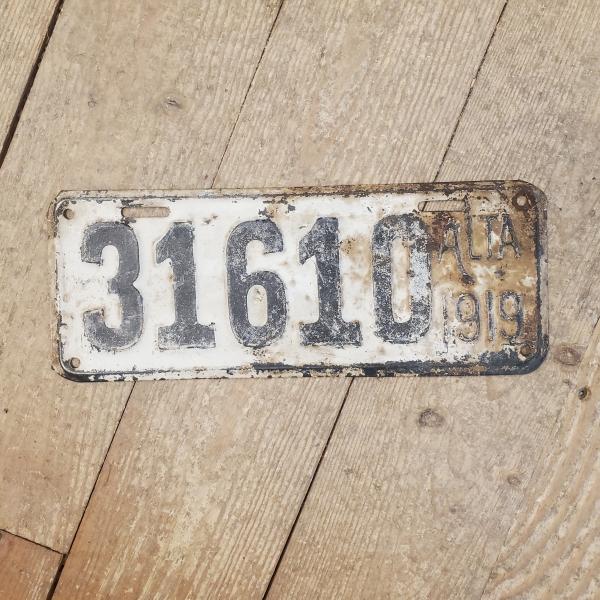 1919 Alberta License Plate